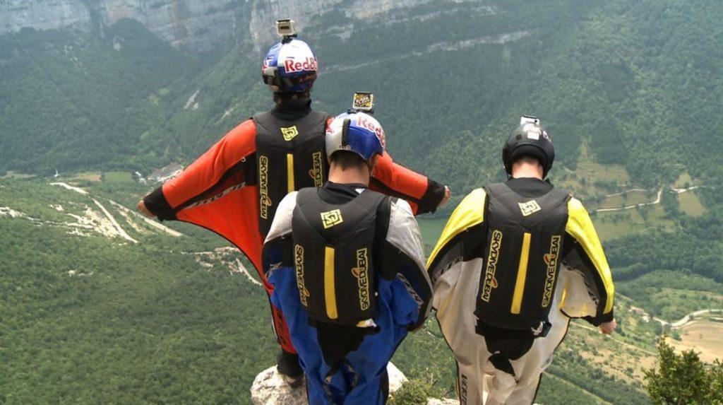 wingsuit-1_2526545