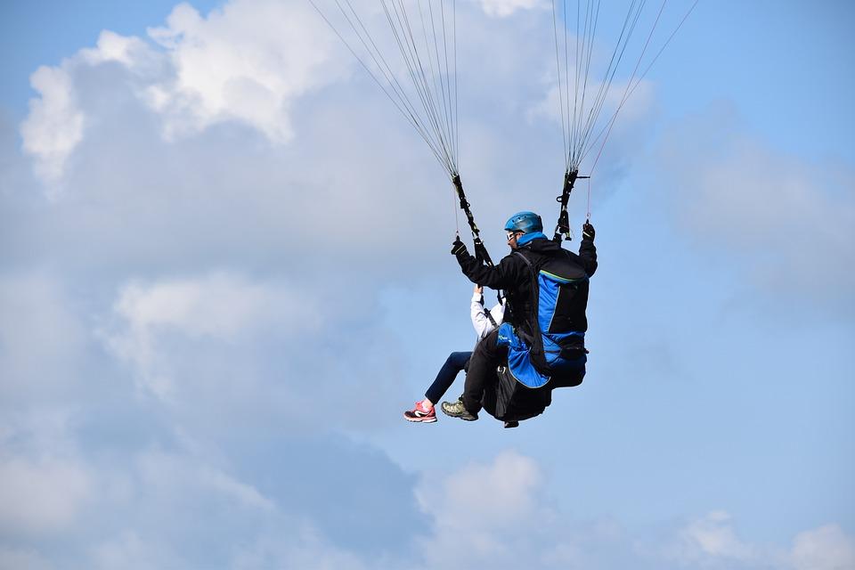 paragliding-4397318_960_720